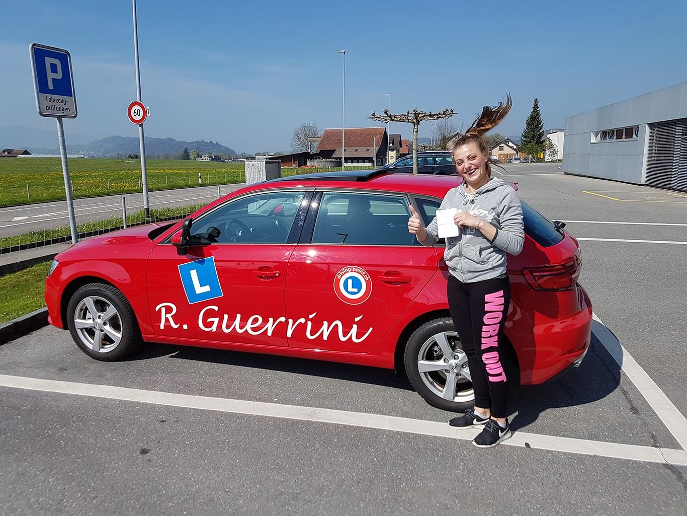 Motorrad Grundkurs & Theorieprüfung in Eschenbach - Fahrschule Driving Point