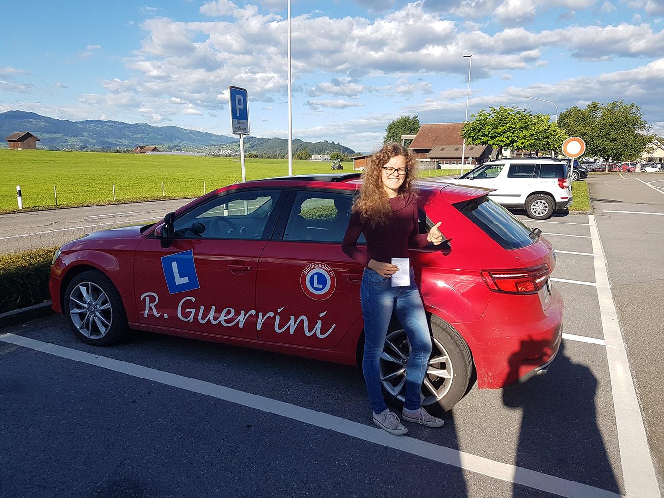 Führerschein Kurse für Auto & Motorrad in Rapperswil-Jona - Fahrschule Driving Point