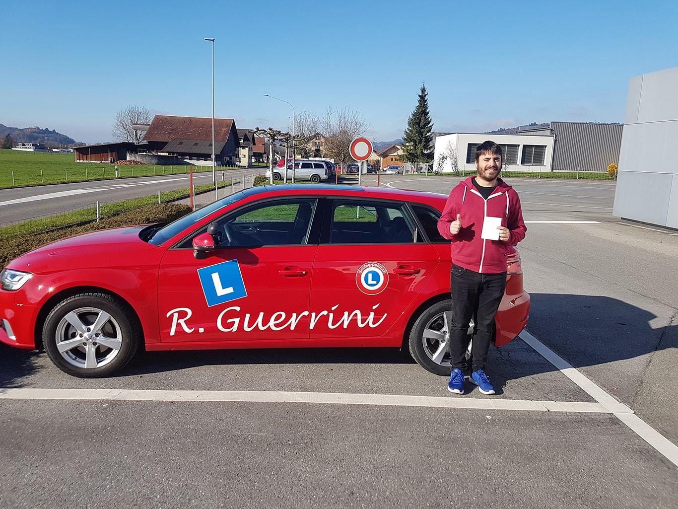 Theorieprüfung, Nothelferkurs & Verkehrskunde in Rapperswil - Fahrschule Driving Point